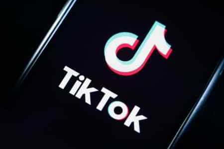 Review-Aplikasi-TikTok